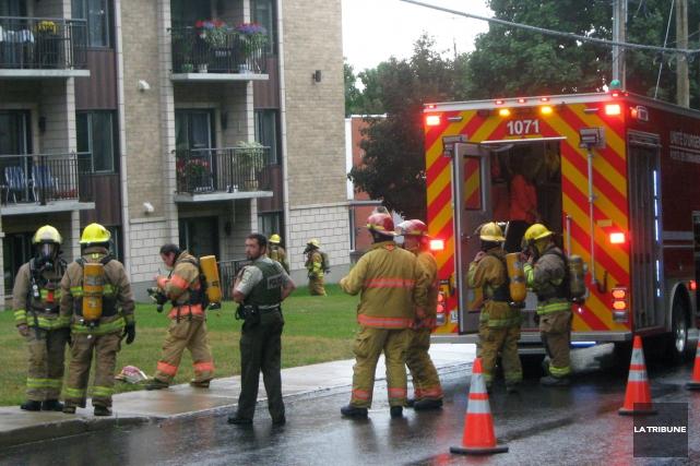 Un feu de cuisson a entraîné l'évacuation de... (La Tribune, Eve Bonin)