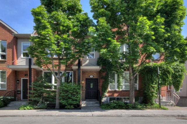 C'est le secret le moins bien gardé en ville:cette maison à vendre appartient... (Photo Centris)