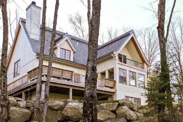 Cette maison à étages à Piedmont a été... (Photo fournie par le courtier)