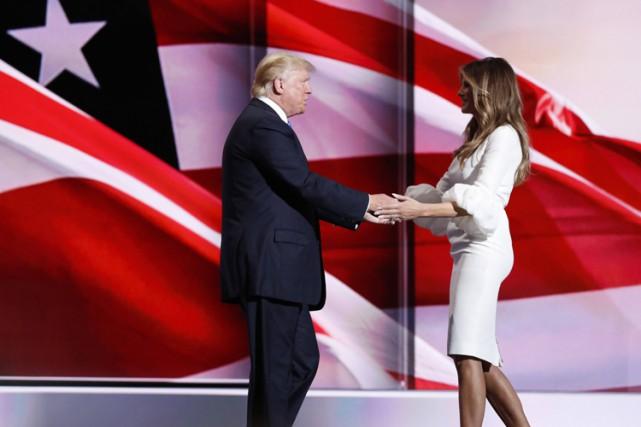 Donald Trump a présenté sa femme Melania à... (PHOTO REUTERS)