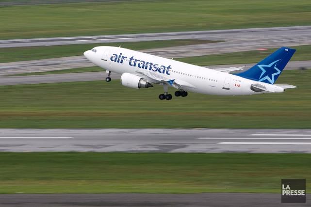 Deux pilotes du transporteur aérien québécois Air Transat ont comparu, mardi,... (Photo Patrick Sanfaçon, archives La Presse)