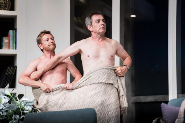 Avertissement: la pièce commence abruptement avec de la... (Photo Mathieu Deshayes, fournie par le Théâtre Juste pour rire Bromont)