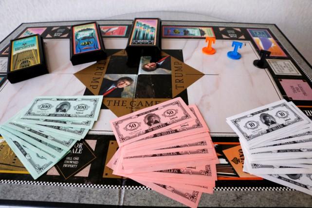 Le jeu de société «Trump the Game» est... (REUTERS)