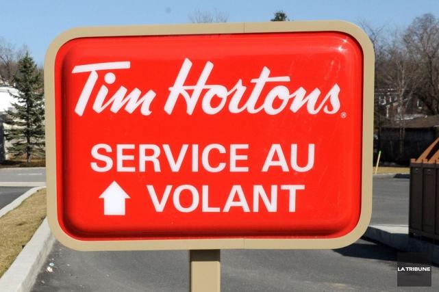 La construction d'un restaurant Tim Hortons avec service... (Archives La Tribune, Maxime Picard)