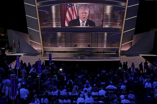Donald Trump s'est addressé par vidéo aux délégués... (AP, J. Scott Applewhite)