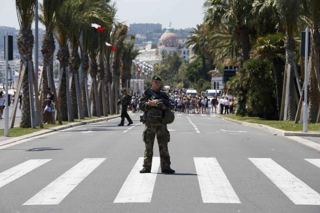 «C'est une route totalement interdite aux poids lourds»,... (PHOTO REUTERS)