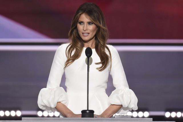 Melania Trump a fait le discours controversé le... (AFP, Robyn Beck)