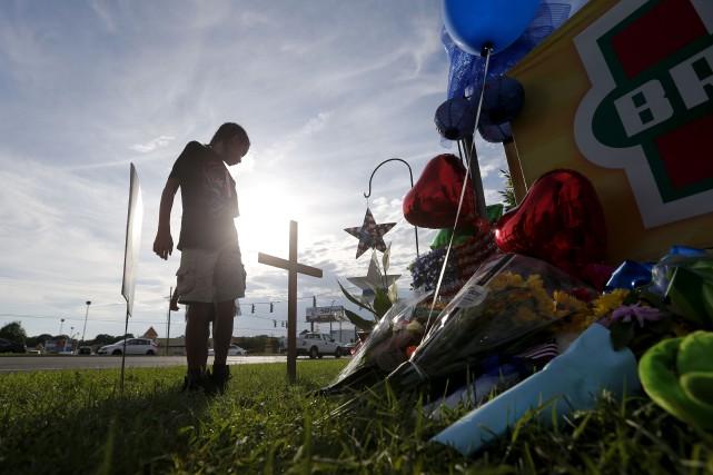Les tueries de policiers à Dallas et Baton... (AP)