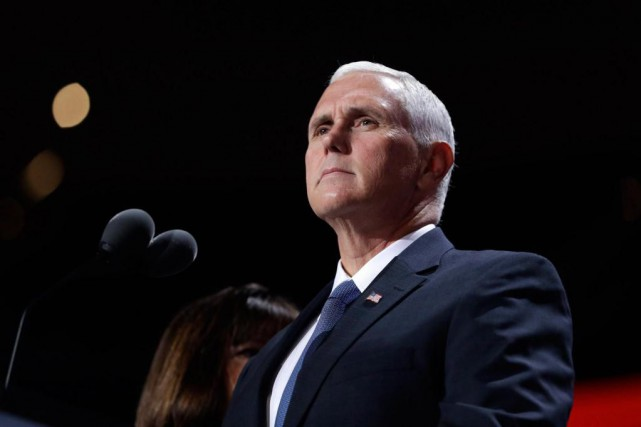 En 2015, Mike Pence s'est attiré les foudres... (PHOTO JOHN LOCHER, ASSOCIATED PRESS)