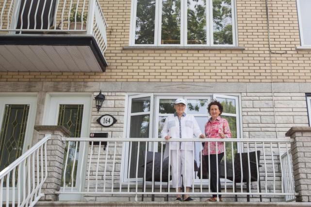 Les soeurs Josée et Colette St-Pierre ont choisi... (PHOTO OLIVIER PONTBRIAND, LA PRESSE)