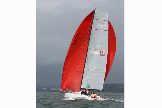 LeTales 2du skip espagnol Gonzalo Botin détient un... (Fournie par la Transat Québec-Saint-Malo)