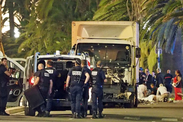 D'origine tunisienne, le terroriste responsable de l'attentat à... (Associated Press)