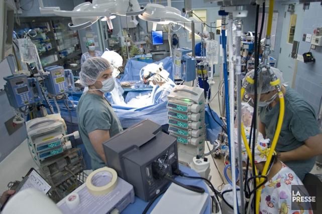 Un très faible pourcentage des patients québécois qui ont vu leurs chirurgies... (Photo Archives La Presse)