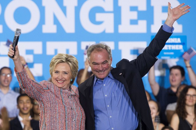 Hillary Clinton et Tim Kaine... (PHOTO ARCHIVES AFP)