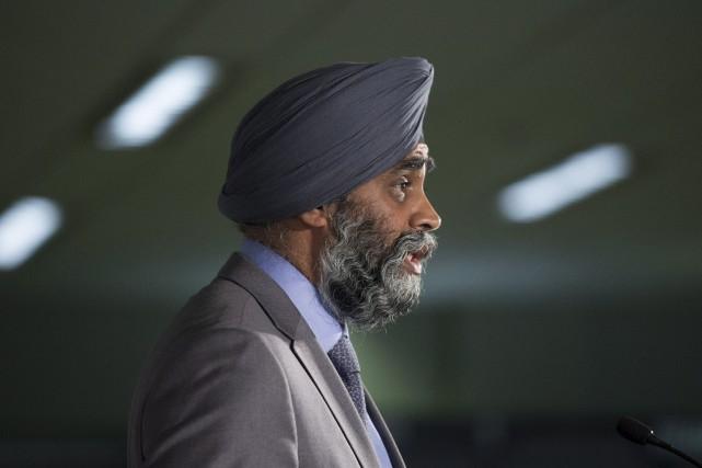 Le ministre canadien de la Défense, Harjit Sajjan... (Photo Adrian Wyld, La Presse Canadienne)