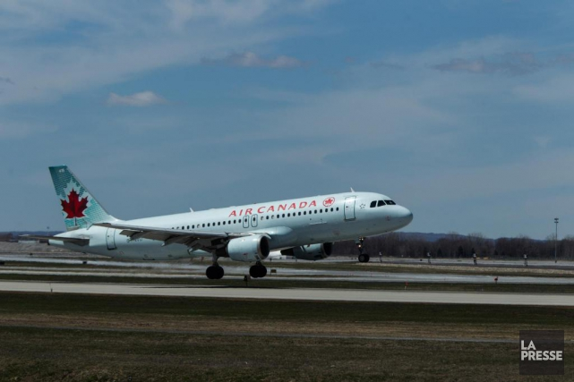 L'homme affirme qu'Air Canada lui a suggéré de... (Photo Hugo-Sébastien Aubert, Archives La Presse)