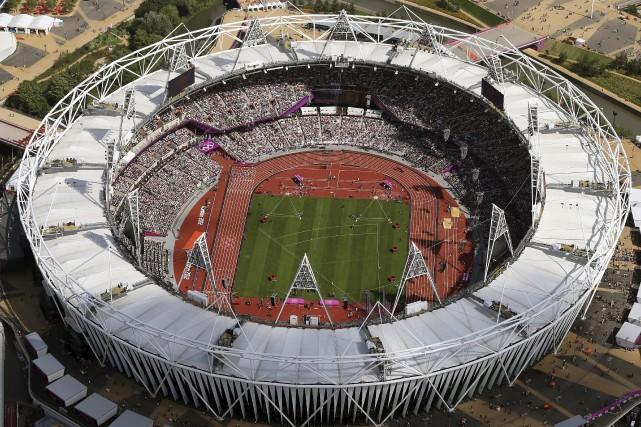 Des athlètes victorieux à Londres, en 2012, auront... (AP, Jeff J. MITCHELL)