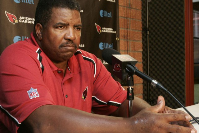 Dennis Green a aussi dirigé les Cardinals de... (photo WILL POWERS, archives ap)