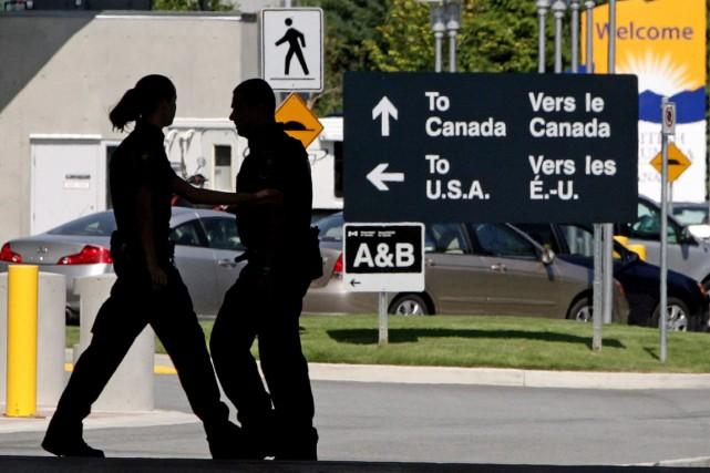 L'Agence des services frontaliers du Canada s'attend a comptabiliser quatre... (Photo La Presse Canadienne)
