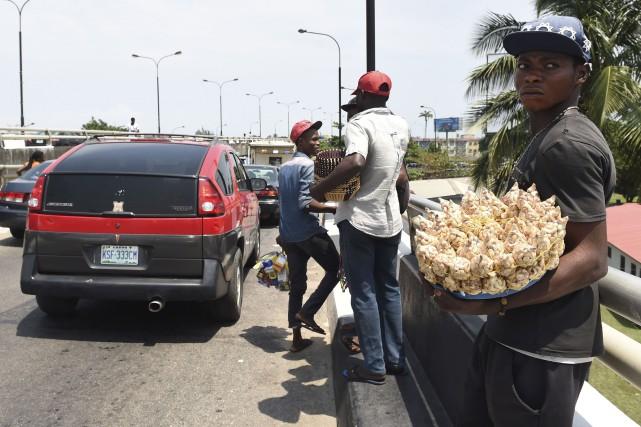À Lagos, centre névralgique du Nigéria, surpeuplé avec... (AFP, Pius Utomi Ekpei)