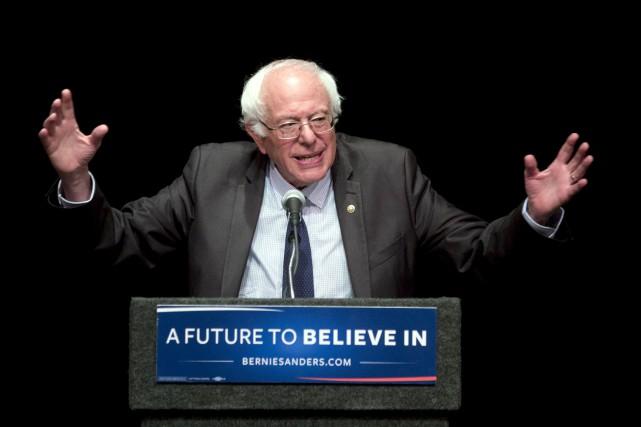 Durant la campagne des primaires démocrates, Bernie Sanders... (AP, Mike Groll)
