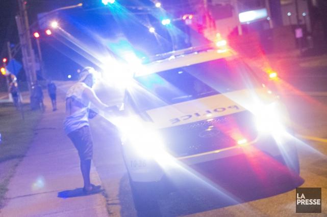Au moins quatre adultes ont été retrouvés morts après qu'un homme eut ouvert le... (Archives Julien Chamberland)