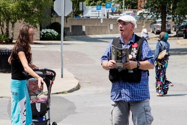 Ex-toxicomane et sans-abri à Montréal, Bertrand Derome a... (Photo Alain Roberge, La Presse)