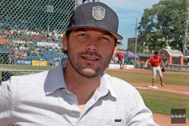 Maxime Poulin aimerait retourner dans le baseball. Il... (Le Soleil, Erick Labbé)