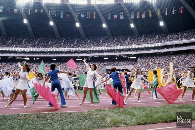 La cérémonie d'ouverturedes Jeux olympiques de 1976... (Pierre McCann, Archives La Presse)
