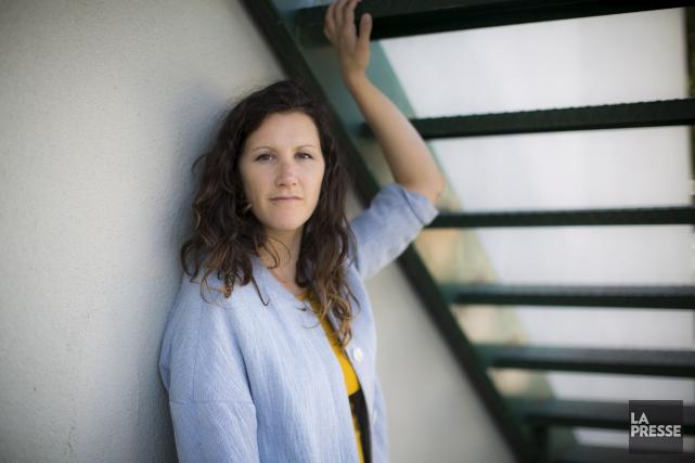 L'auteure-compositrice-interprète Amylie voulait aller un pas plus loin... (Olivier Pontbriand, La Presse)