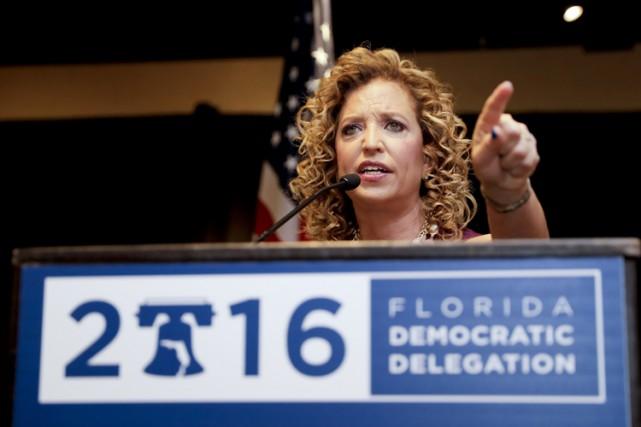 La présidente du parti démocrate, Debbie Wasserman Schultz,... (PHOTO AP)