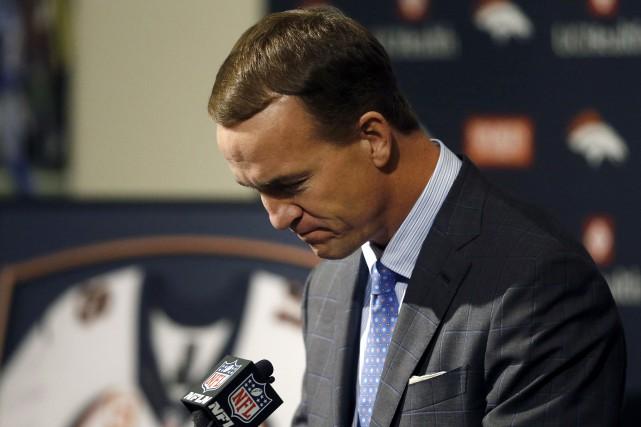 Le quart-arrière Peyton Manning a coopéré à l'enquête... (Archives AP, David Zalubowski)