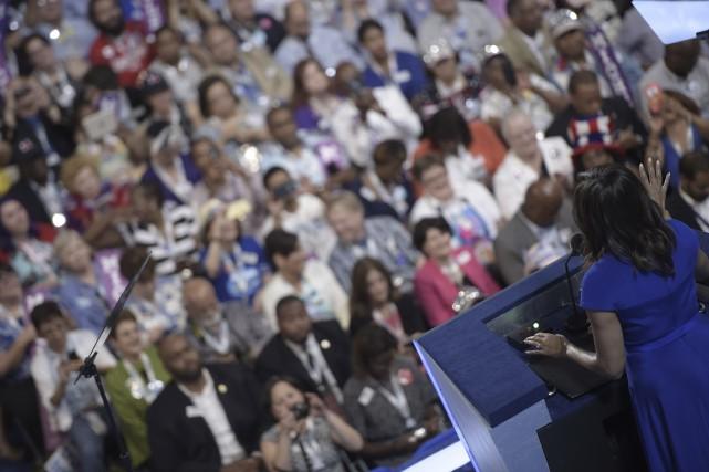 «Dans cette élection, je suis avec elle», a... (AFP, Brendan Smialowski)