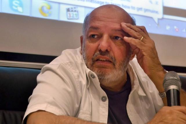 Mohamed Khan, l'un des réalisateurs les plus célèbres du cinéma égyptien, est... (PHOTO ARCHIVES AP)