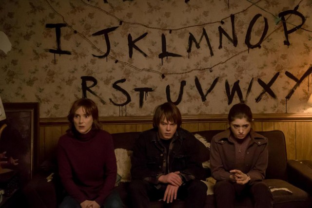 Le site de pronostics Goldderby.com place Stranger Things... (PHOTO FOURNIE PAR NETFLIX)
