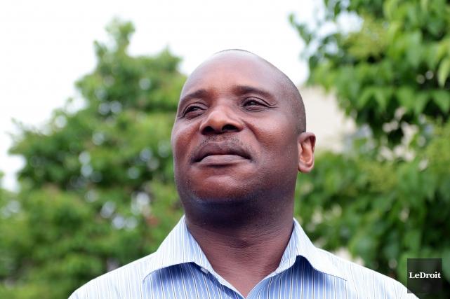 L'ingénieur gatinois André Ntela Tayeye soutient qu'il a... (Etienne Ranger, Archives LeDroit)