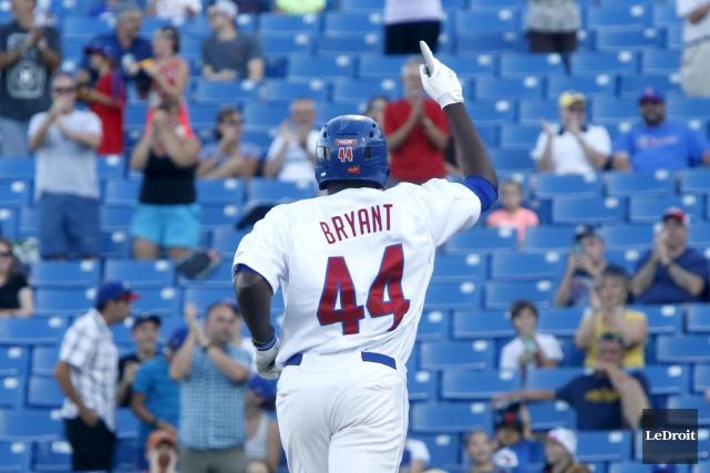 Kenny Bryant a contribué au pointage avec un... (Simon Séguin-Bertrand, LeDroit)