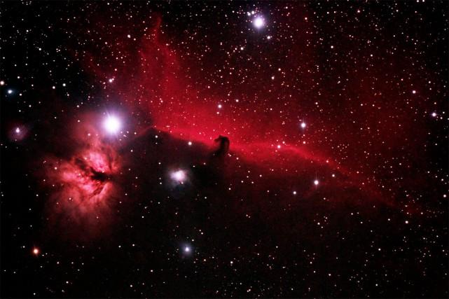 L'été, c'est l'occasion d'explorer de nouveaux passe-temps, comme l'astronomie.... (Photo fournie par Philippe Moussette)