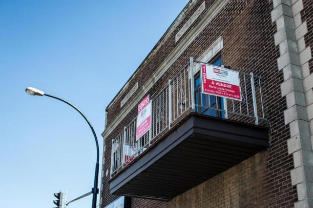 À peine 0,9% des achats immobiliers ont été... (Photo Olivier PontBriand, Archives La Presse)