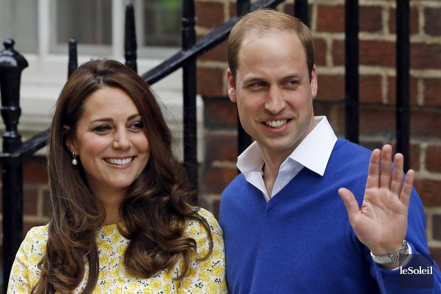 Britain's Prince William and Kate, Duchess of Cambridge... (Photothèque Le Soleil, AP, Kirsty Wigglesworth)