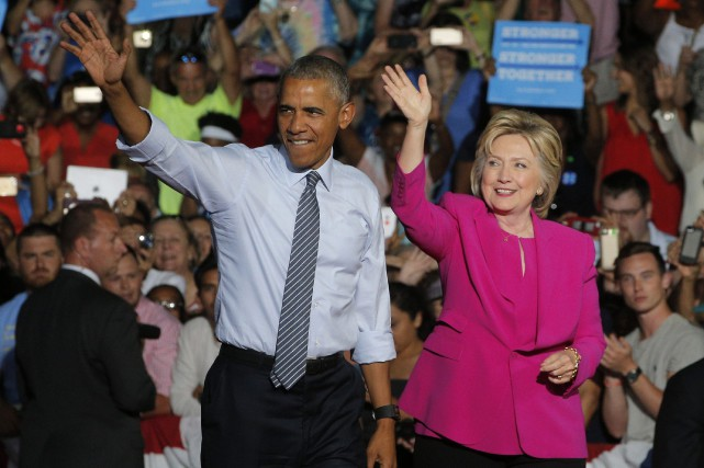 Barack Obama et Hillary Clinton à Charlotte, en... (PHOTO ARCHIVES REUTERS)
