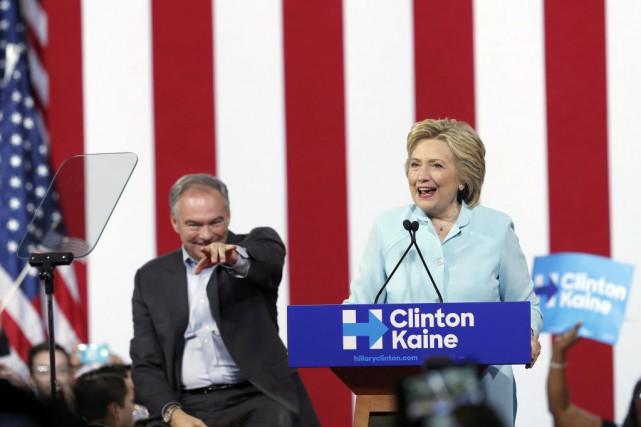 Hillary Clinton et Tim Kaine à l'occasion d'un... (Photo Mary Altaffer, Archives afp)