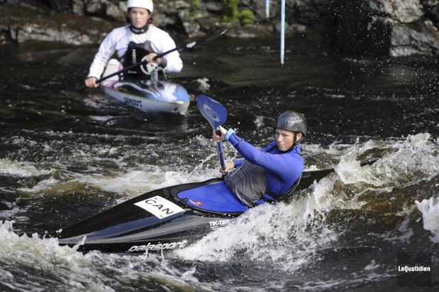Du canoë-kayak sur la rivière Aux-Sables... (Photo Le Quotidien, Mariane L. St-Gelais)