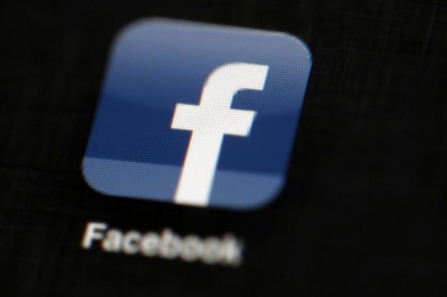 La croissance de Facebook n'a montré aucun signe d'essoufflement au deuxième... (PHOTO AP)
