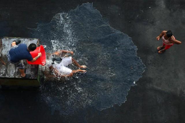 Lancé à l'été 2014, l'Ice Bucket Challenge consistait... (Photo Chang W. Lee, archives The New York Times)