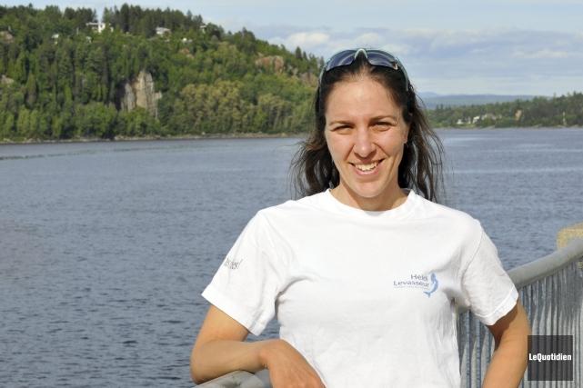 Heidi Levasseur tentera de nager 41 kilomètres aujourd'hui... (Archives Le Quotidien, Rocket Lavoie)