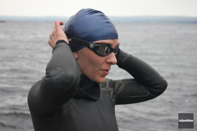 Heidi Levasseur estime avoir nagé environ 215 kilomètres... (Archives Le Quotidien)