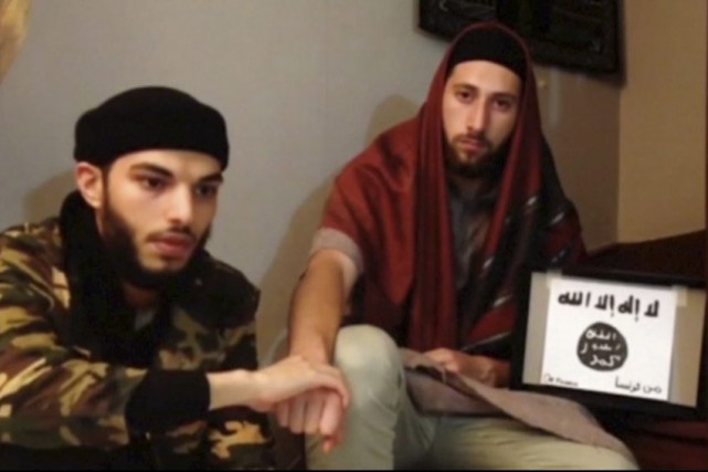 Abdel-Malik Nabil Petitjean et Adel Kermiche apparaissent dans... (HANDOUT)