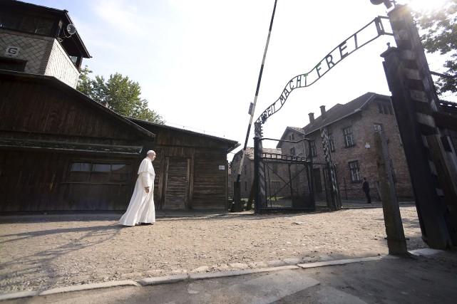 C'est en solitaire que le pape François a... (AFP, Filipo Monteforte)