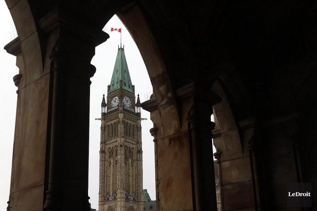 Le gouvernement fédéral a affiché vendredi un excédent budgétaire de 114... (Etienne Ranger, Archives LeDroit)